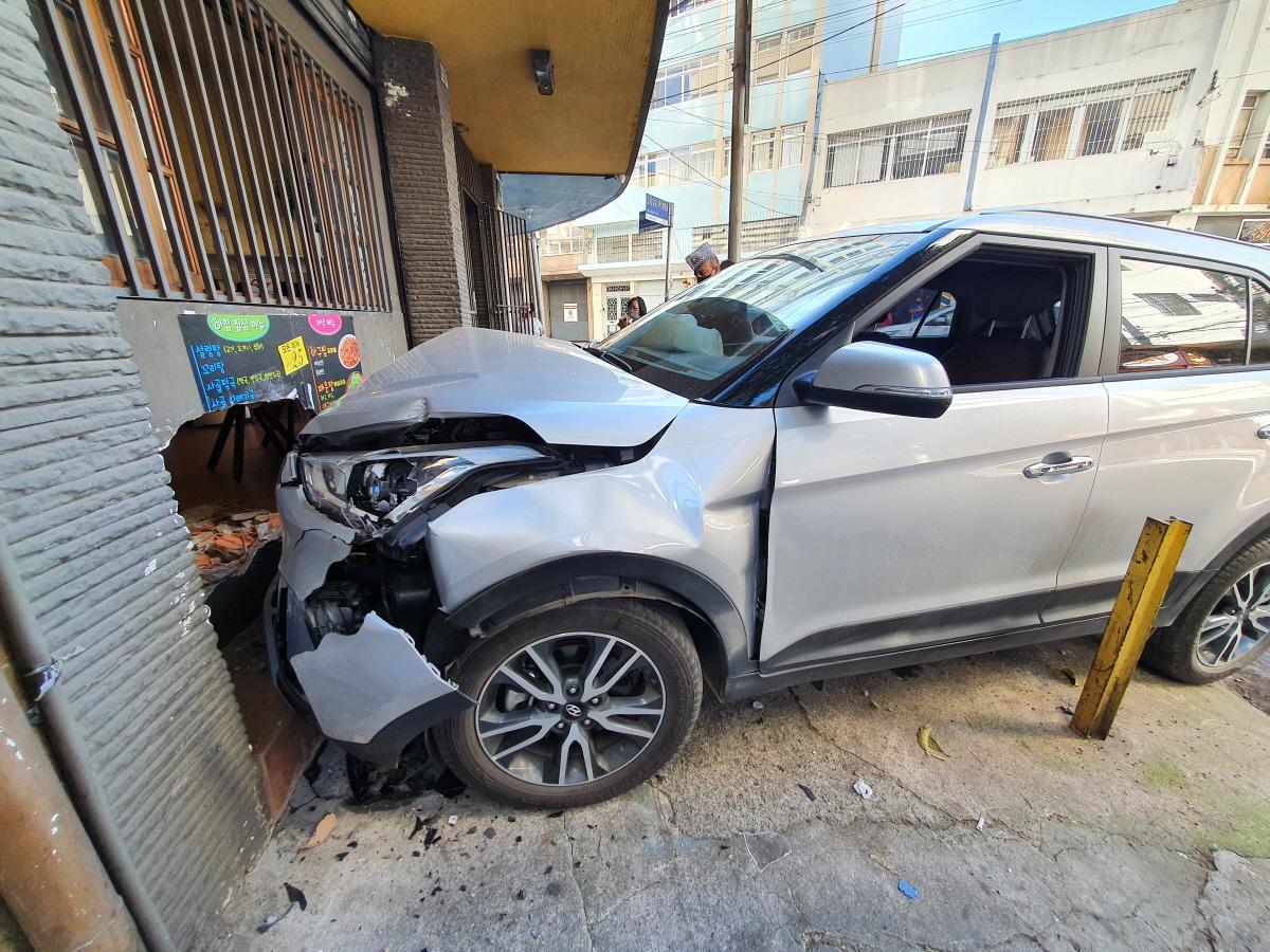 한인타운_SUV차량돌진_사건사고20210719_100650.jpg